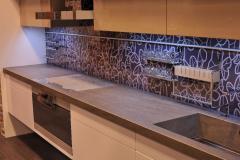 Стеновая панель Vitrodesign by Ligron, декор арт. 382 Парадизо. Поверхность глянцевая. Монтаж на стену при помощи декоративных болтов.